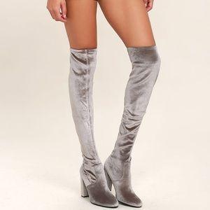 ❄️Steve madden silver velvet OTK boots ❄️